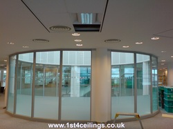 Segmented circular glazed screens